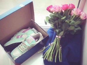 15 лучших подарков девушке на день рождения