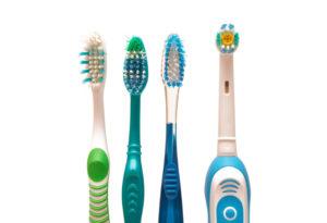 Как выбрать зубную щетку? Достоинства и недостатки разных моделей