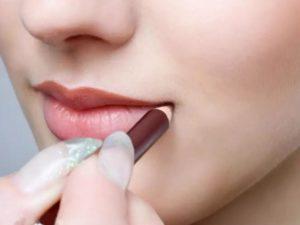 Как правильно красить губы карандашом — 3 совета эксперта
