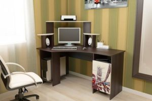 6 лучших компьютерных столов