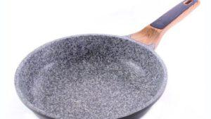 8 лучших сковород с каменным покрытием