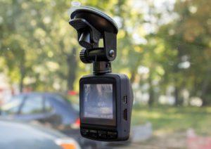 8 лучших видеорегистраторов до 5000 рублей