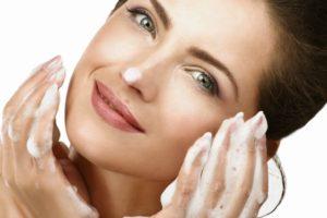 5 советов по уходу за кожей лица после 30 лет