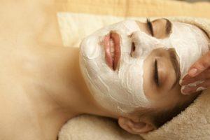 12 лучших парафиновых масок для лица