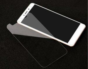8 лучших производителей защитных стекол для смартфонов