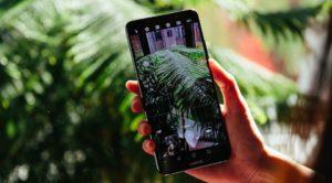 11 лучших смартфонов до 15 000 рублей