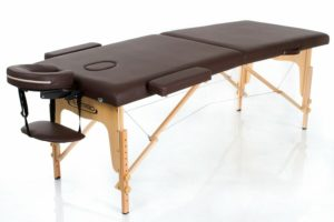 17 лучших массажных столов