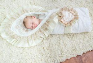 Какое выбрать одеяло для новорожденных