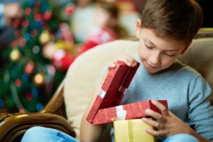 15 лучших идей подарков детям на 1 год